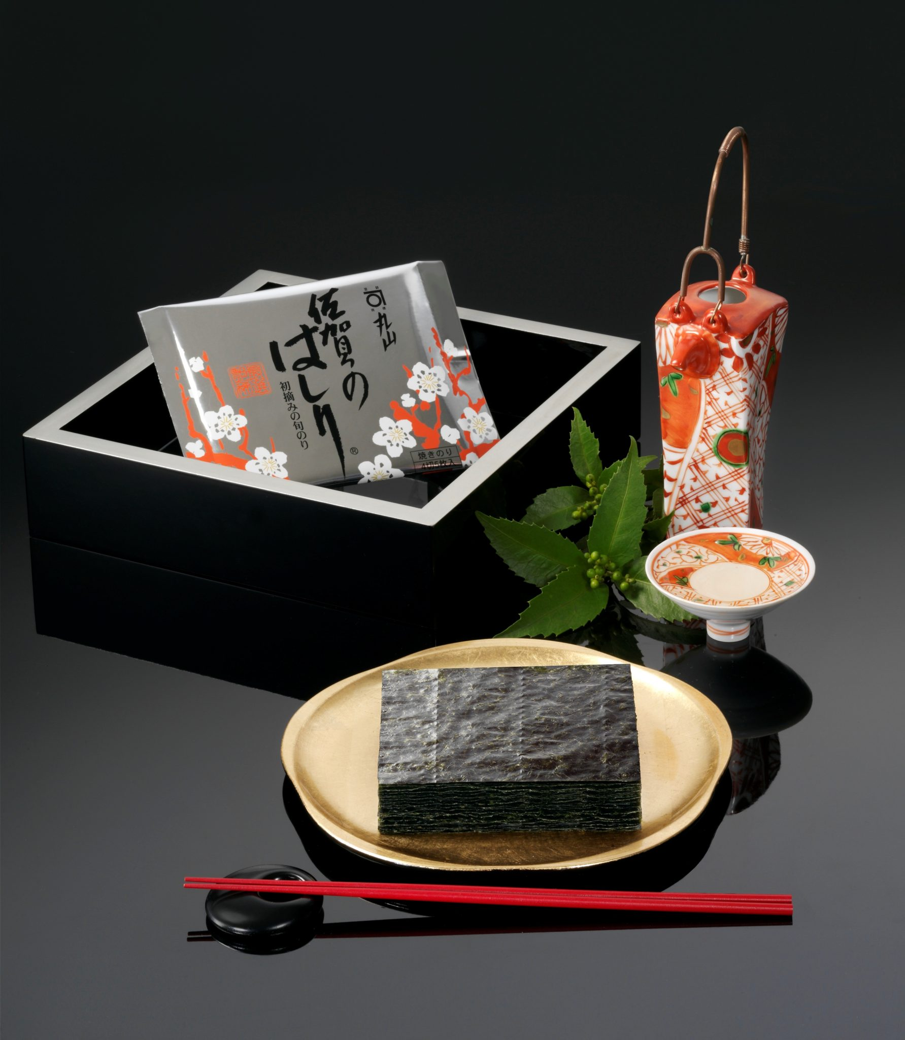 Very much appreciated in Japanese cuisine, Nori seaweed is however little known in France. We invite you to discover nori seaweed, their history, their different varieties and their many health benefits.